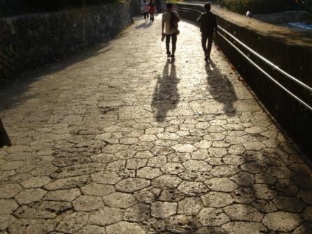 久慶門への石畳